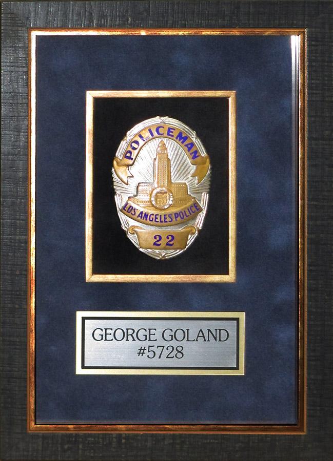 LAPD POLICEMAN Badge noumber 22